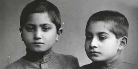Lado Gudiashvili (from left to right) with his brother Vakhtang Gudiashvili